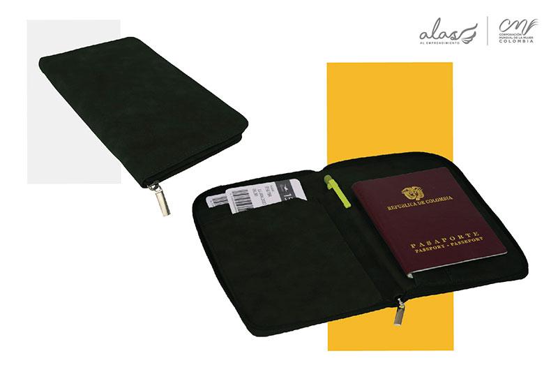Porta pasaporte en cuero y gamuza